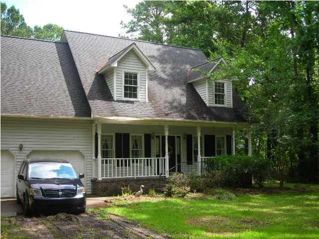 193  Ridgelake Drive Summerville, SC 29483