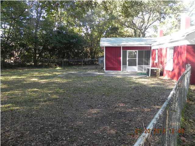 62  Vincent Drive Mount Pleasant, SC 29464