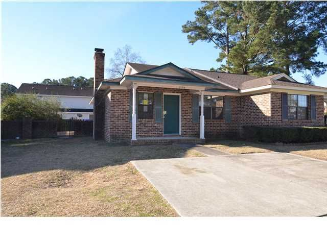 7739  Oldridge Road North Charleston, SC 29418