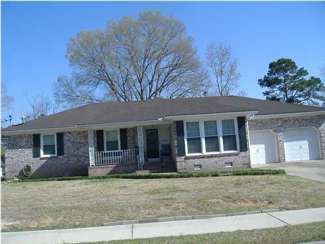 2413  Vistavia Road North Charleston, SC 29406