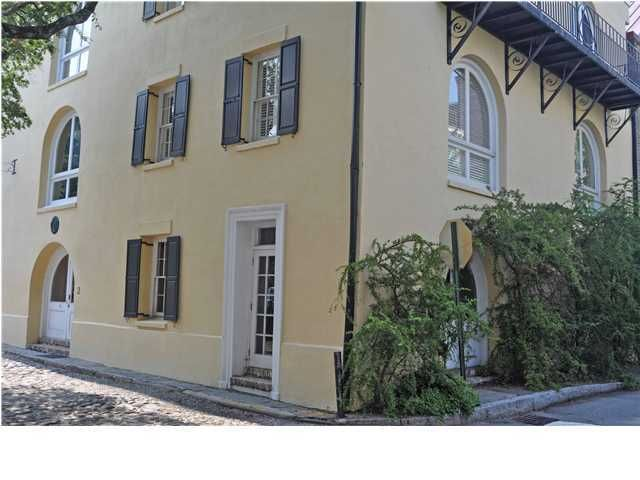 2  Gillon Street Charleston, SC 29401