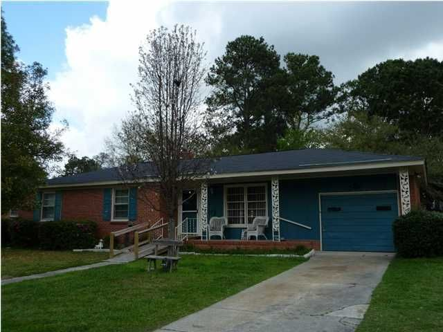 340  Swift Avenue Charleston, SC 29407