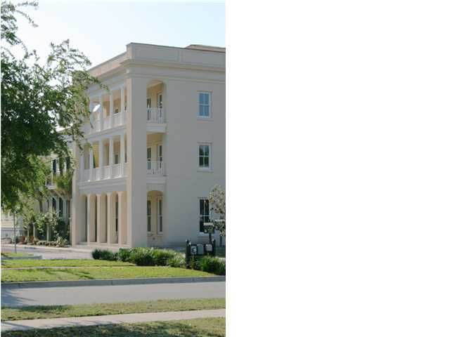 39  Sanibel Street Mount Pleasant, SC 29464
