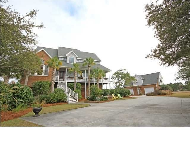 7857  Pelican Bay Drive Awendaw, SC 29429