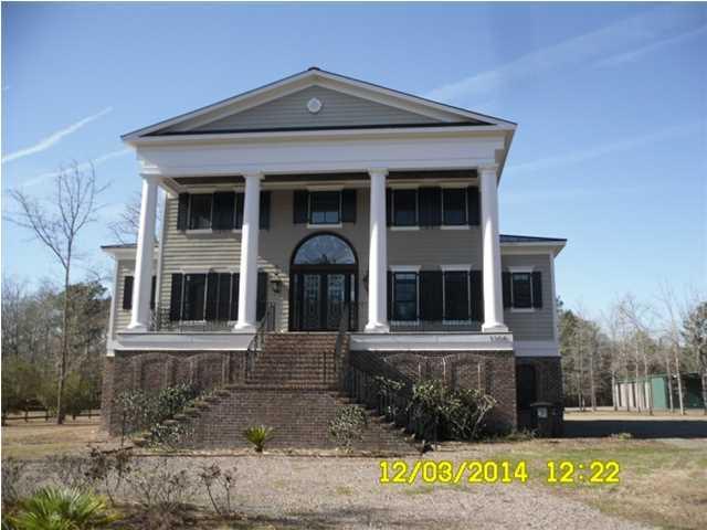 1194  Saddlehorn Road Summerville, SC 29483