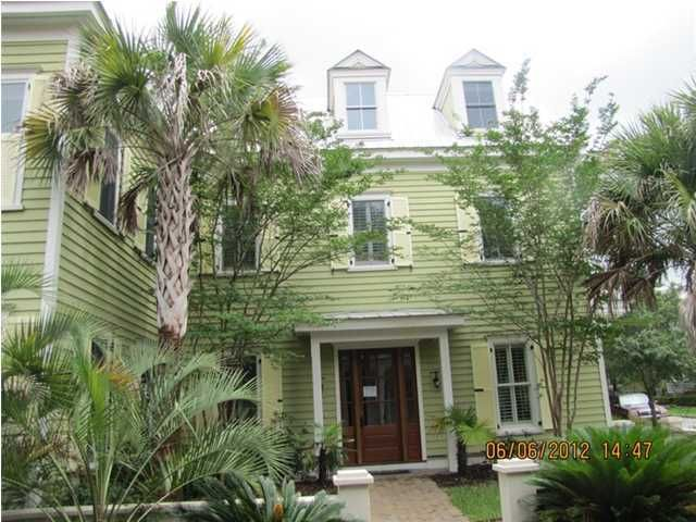 170  Ionsborough Street Mount Pleasant, SC 29464
