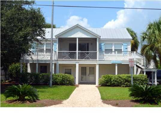 717  Carolina Boulevard Isle Of Palms, SC 29451