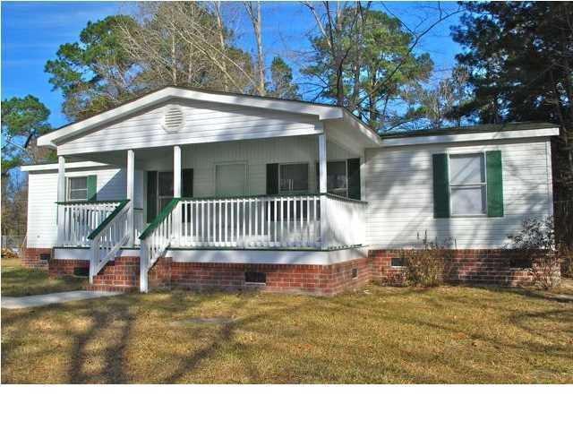 182  Hammock Street Summerville, SC 29483