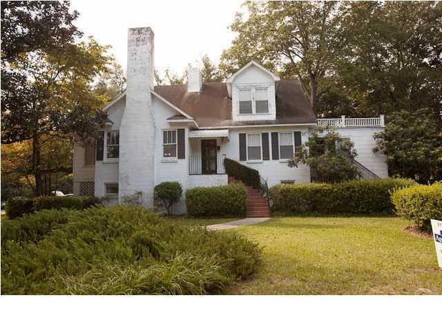 527  Elizabeth Lane Charleston, SC 29407