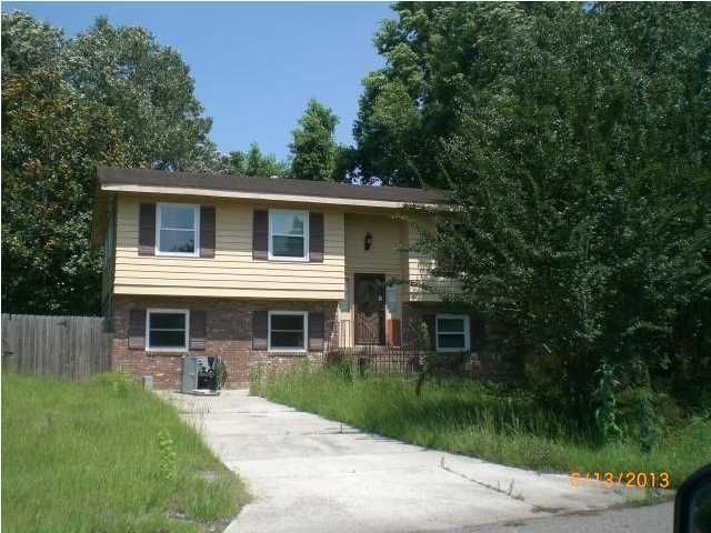 1827  Mepkin Road Charleston, SC 29407