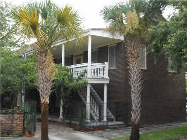 4  Ashmead Place Charleston, SC 29403