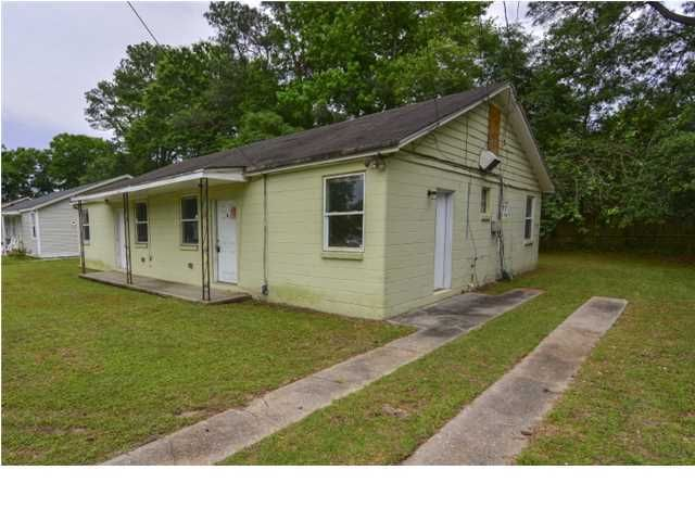 2169  Flora Street North Charleston, SC 29406