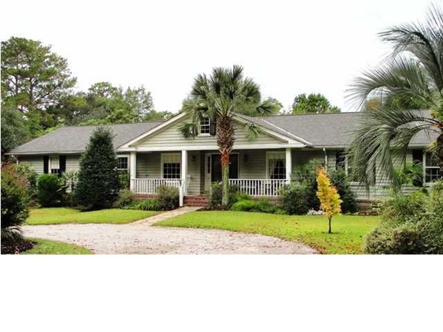 3726  Chisolm Road Johns Island, SC 29455