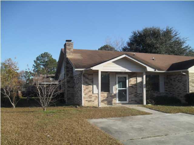 7748  Suzanne Drive North Charleston, SC 29418
