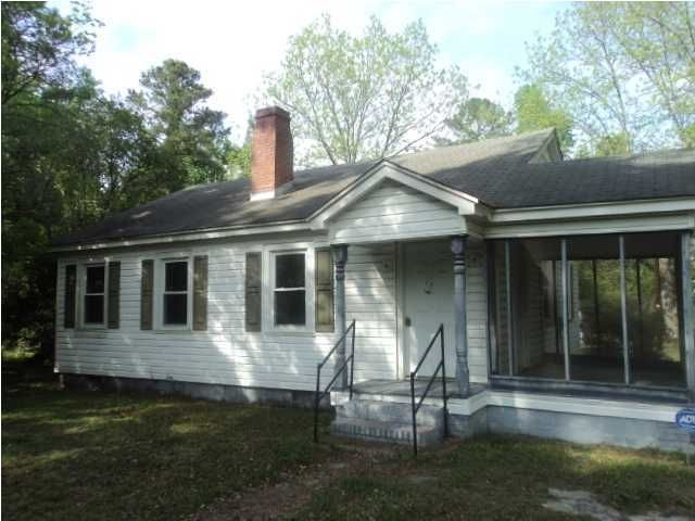 9287  Old State Road Holly Hill, SC 29059