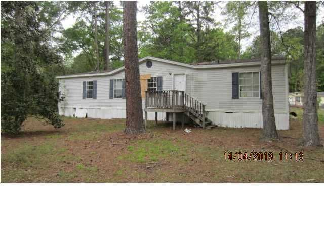 253  Lake Drive Summerville, SC 29483