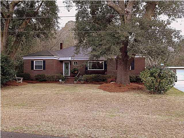 377  Huntley Drive Charleston, SC 29407