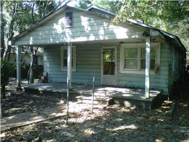2178  Helm Avenue North Charleston, SC 29405