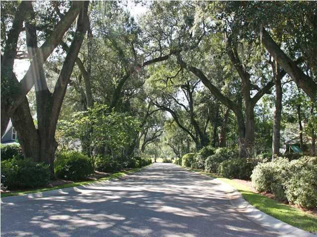 1008  Blockade Runner Court Charleston, SC 29414
