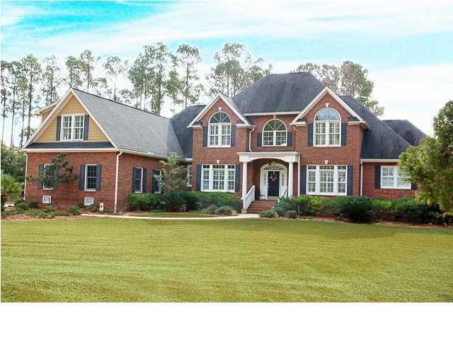 3065  Pignatelli Crescent Mount Pleasant, SC 29466