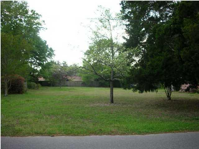 920  Cliffwood Drive Mount Pleasant, SC 29464