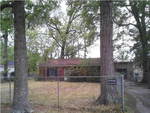393  Price Street Goose Creek, SC 29445