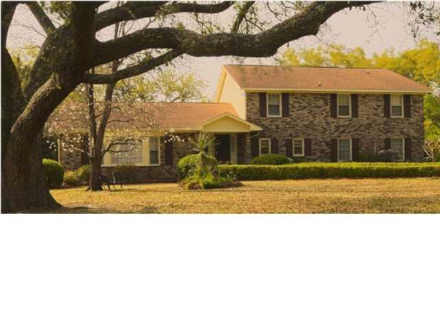980  Fort Sumter Drive Charleston, SC 29412