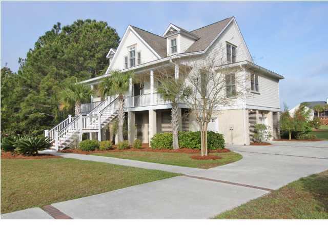 1757  Canyon Oaks Drive Mount Pleasant, SC 29464