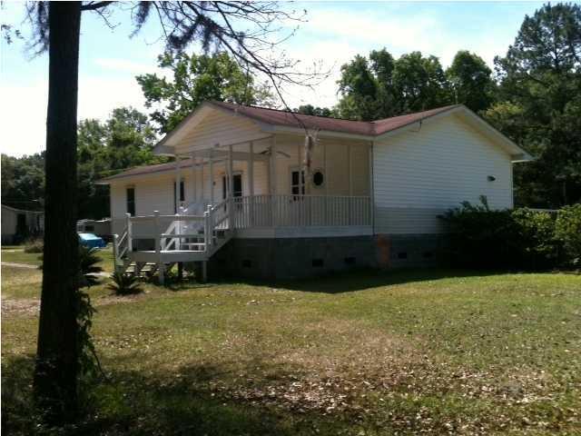 1560  Macoma Drive Mount Pleasant, SC 29466