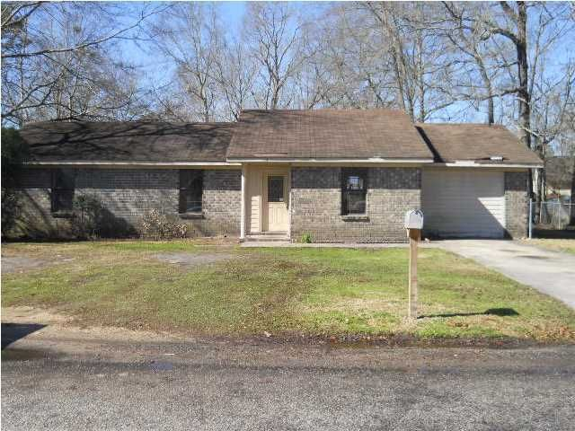 11  Clearwater Drive Goose Creek, SC 29445