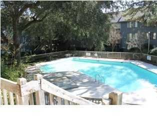 1141  Shadow Lake Circle Mount Pleasant, SC 29464