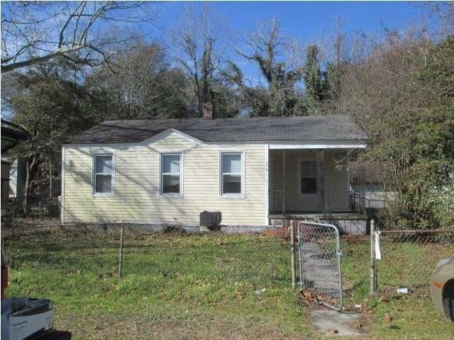 2618  Madden Drive North Charleston, SC 29405
