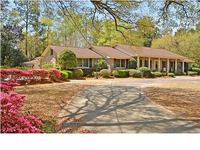 108 E Walker Drive Summerville, SC 29483