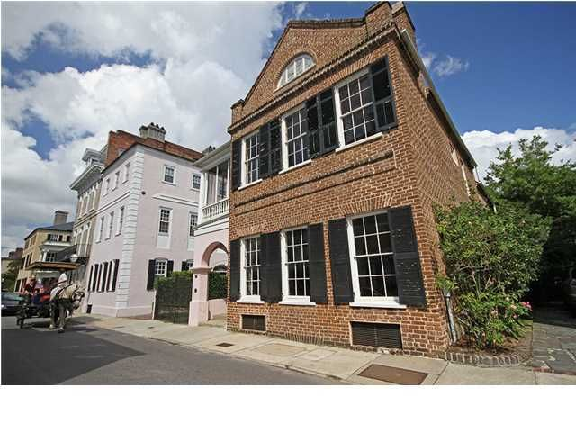 62  Tradd Street Charleston, SC 29401