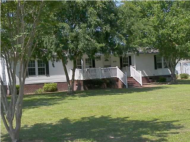 105  Colkitt Street Summerville, SC 29483
