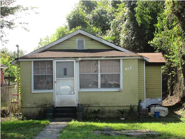 1893  Hampton Avenue North Charleston, SC 29405