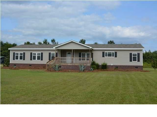 1076  Spiers Landing Road Cross, SC 29436