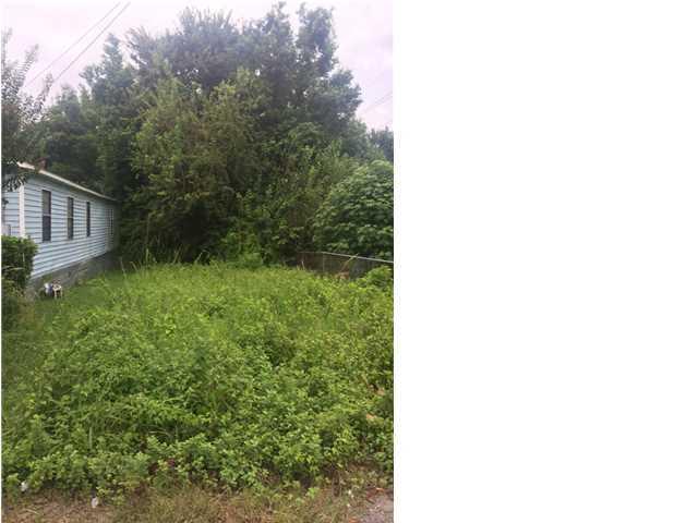 2204  Garfield North Charleston, SC 29405
