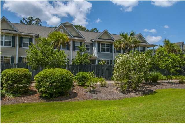 3049  Park West Boulevard Mount Pleasant, SC 29466