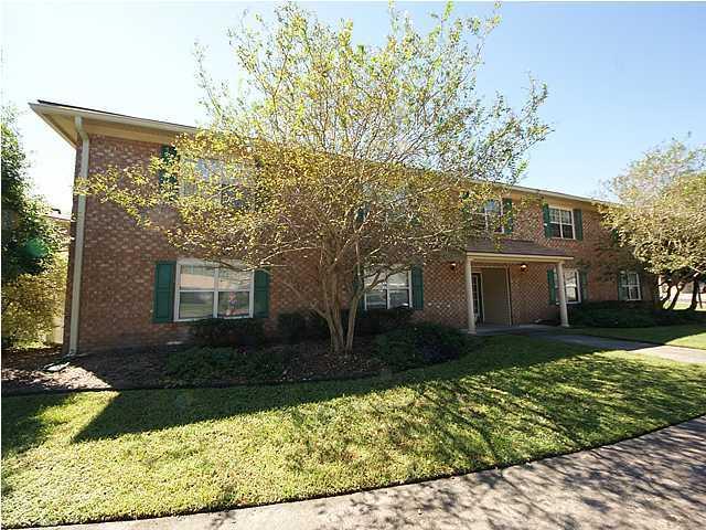 104  Pinewood Street Ladson, SC 29456