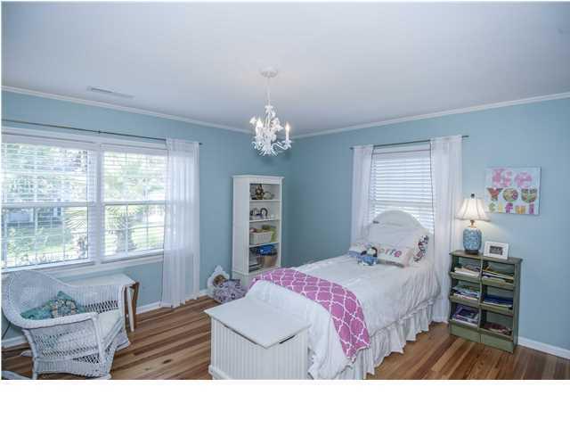 1078  Meader Lane Mount Pleasant, SC 29464