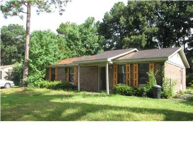 258  Dorchester Manor Boulevard Charleston, SC 29420