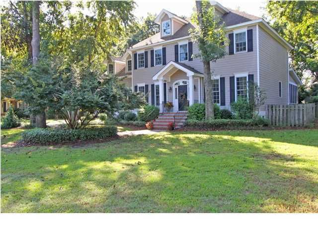 543  Overseers Retreat Mount Pleasant, SC 29464