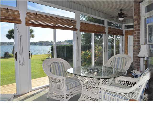 1268  Waterfront Drive Mount Pleasant, SC 29464