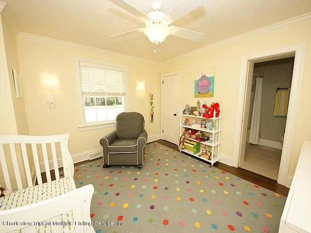 240  Bayview Drive Mount Pleasant, SC 29464