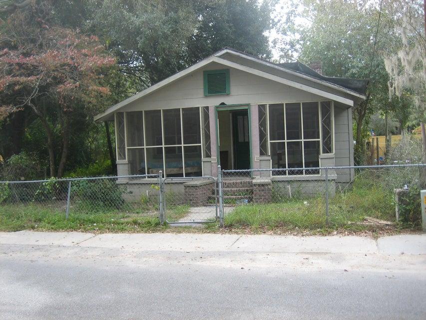 1008  Carn Walterboro, SC 29488