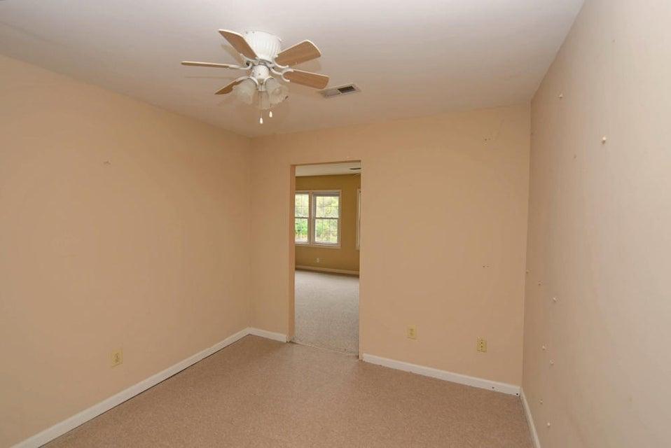 1758  Skinner Avenue Charleston, SC 29407