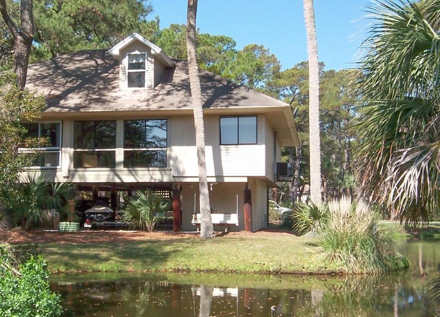 826  Club Cottage Edisto Beach, SC 29438