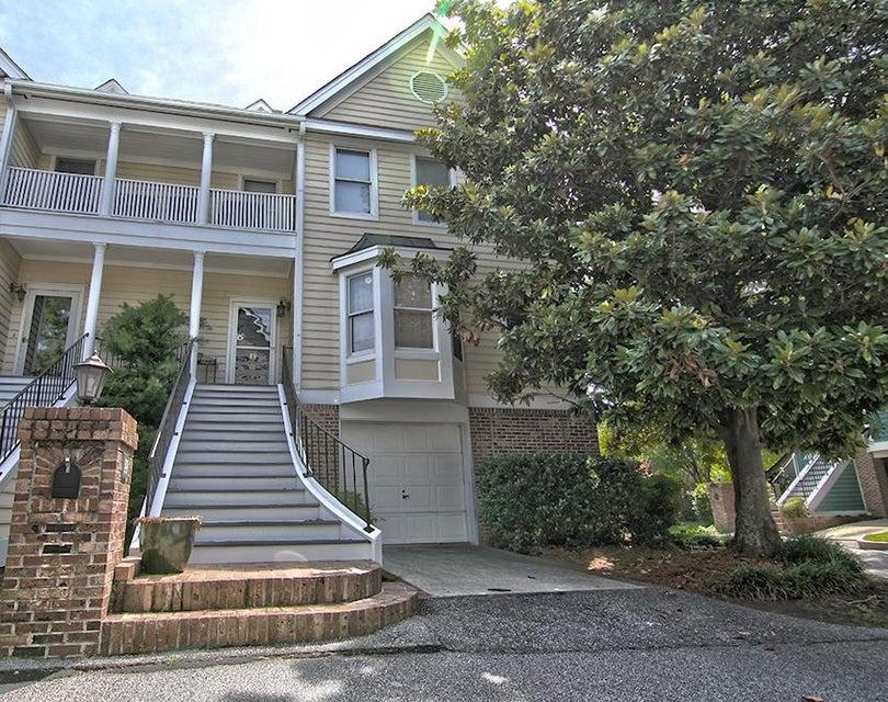 39  Harleston Place Charleston, SC 29401