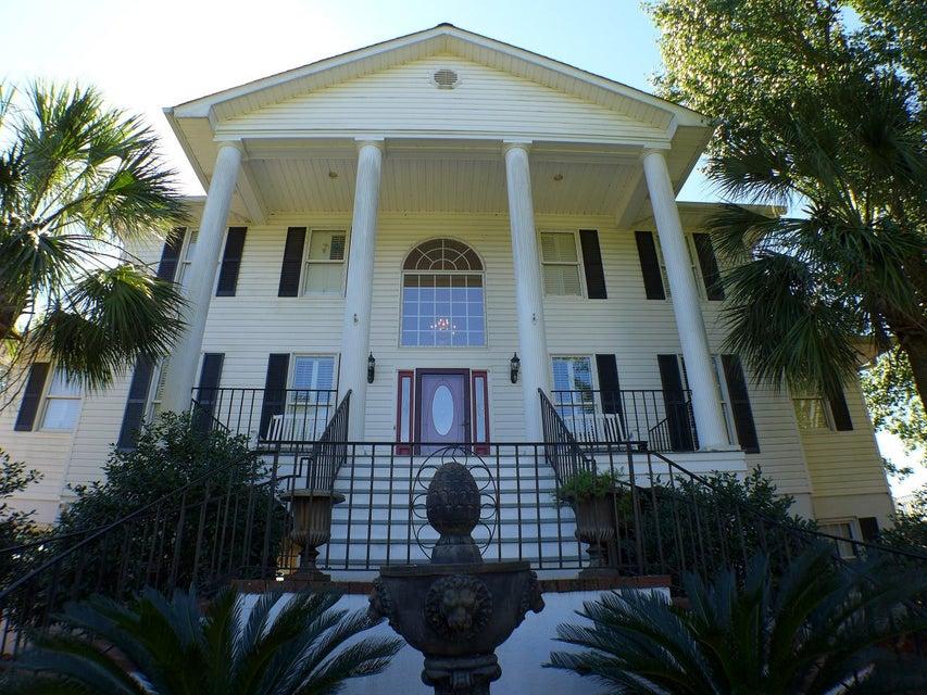1009  Bakers Landing Drive North Charleston, SC 29418